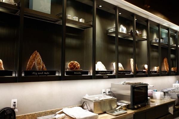 ハレクラニベーカリーの美味しいパンとケーキを全部見せます 8