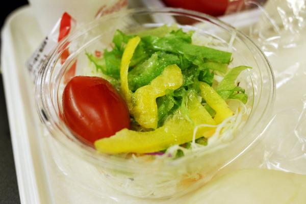 JALハワイ線機内食5