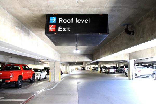 ヒルトンに泊まってハレコアの駐車場を利用する 5
