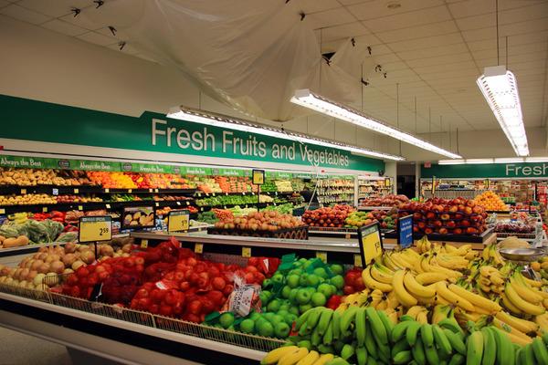 ハワイ ヒロのスーパーマーケット ガソリンの入れ方 3