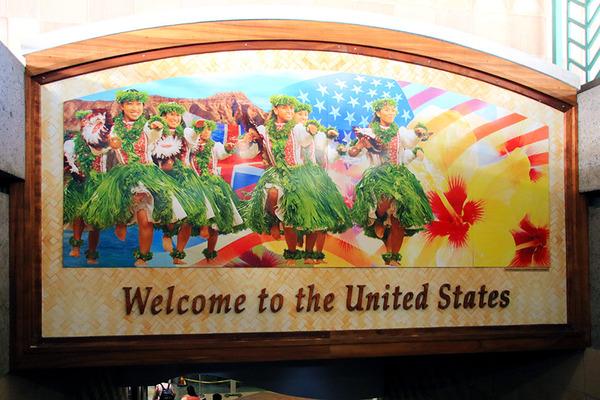 連邦航空局ハワイ外からの渡航者へのコロナテスト実施を承認1