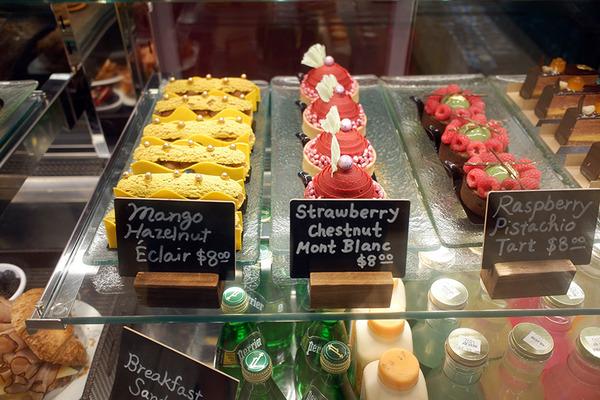 ハレクラニベーカリーの美味しいパンとケーキを全部見せます 11