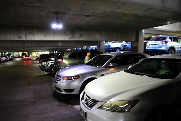ヒルトンに泊まってハレコアの駐車場を利用する 7