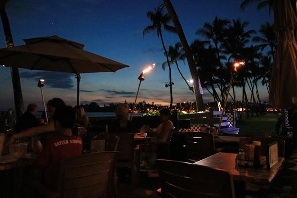 ハワイ島コナの最高サンセットレストランコナイン 8