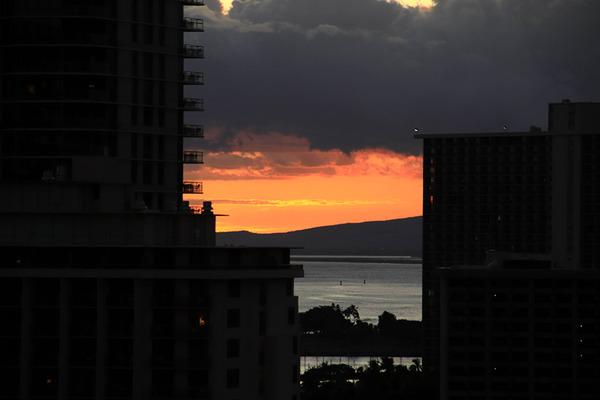 ハワイ スカイワイキキ サンセット 最高ロケーション 3