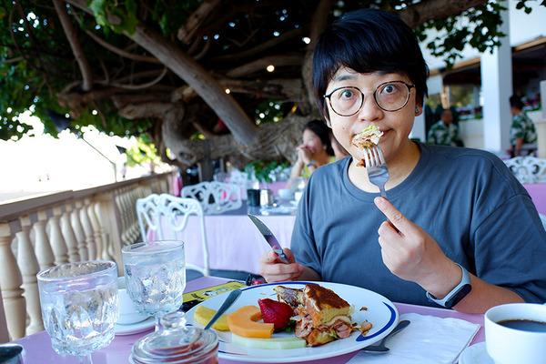 ハウツリーラナイのエッグベネディクトは美味い 6