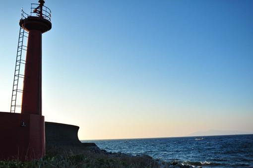 柏島の赤灯台