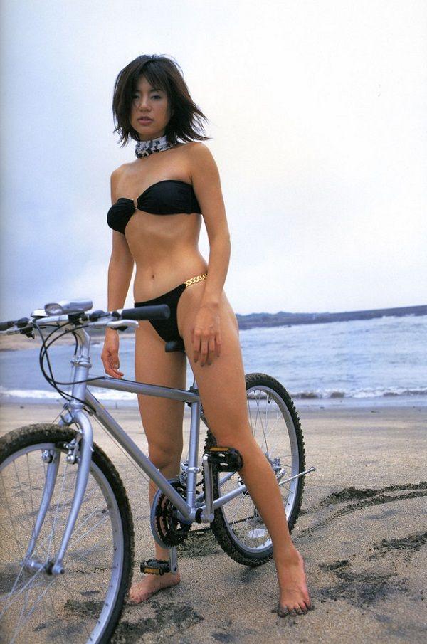 井川遥の自転車