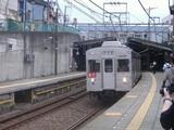 白楽駅での東急8000系