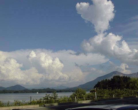 桧原湖の雲