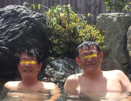 露天風呂の二人2