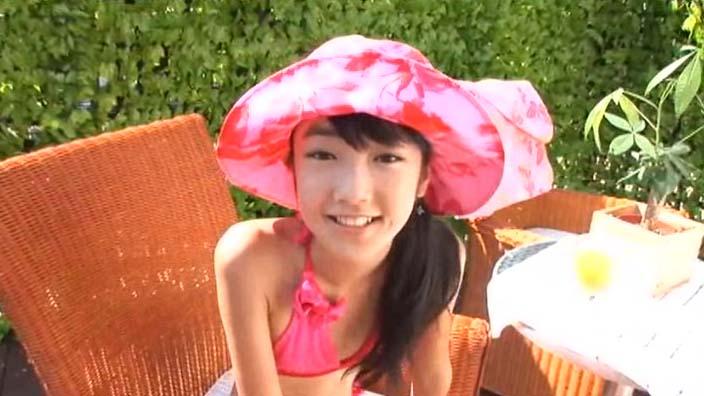ジュニアアイドル・椎名ももちゃんの「十人十色」