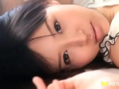 【無料エロ動画】<葵つかさ>幼児身体型なところがマジでかわいくて抜けます!