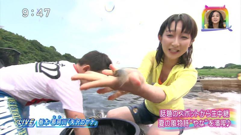 竹上萌奈(関西テレビ)というおっぱいの谷間やパンツ見せてくれる有能なアナ