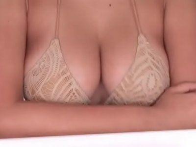 【ビキニ】巨乳おっぱい美女のイメージビキニ水着のおっぱいがby|erojp.xyz|