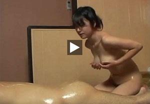 【ローション】巨乳の高井桃出演のローション動画。巨乳泡姫高井桃の全身ヌルヌルローションマットプレイ