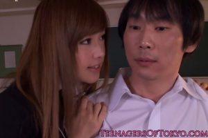 瀬名あゆむ-ロリ美女制服JKが真面目そうな男子生徒を誘惑して中出しSEX