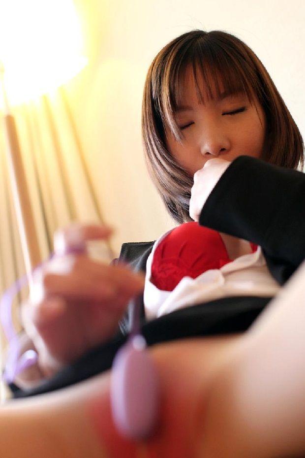 【OL】ロリ可愛い素人OLさんのオナニー&SEX画像まとめ61枚