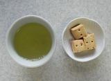 茶+カロリーメイト
