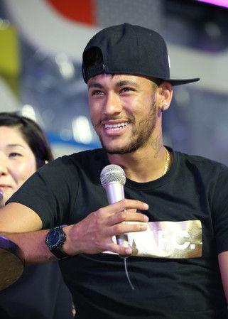 ◆イベント出演◆単独初来日のネイマール「香川と本田は尊敬する選手」