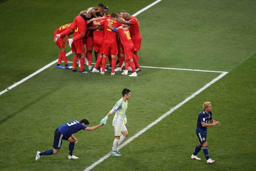 【サッカーW杯】人目をはばからずに涙を流していたDF昌子源、DF酒井宏樹、MF乾貴士。3人はフル出場を果たし、最後まで走り抜いた!