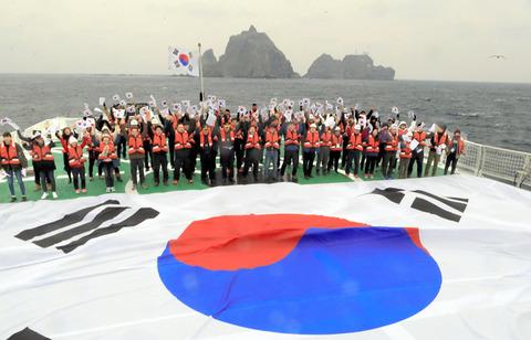 韓国の与野党議員ら、22日に竹島上陸へ「独島は韓国領土。日本の歴史教科書による事実の歪曲を糾弾し、正しい歴史認識を訴える」