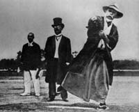 Ceremonial_First_Pitch_1915