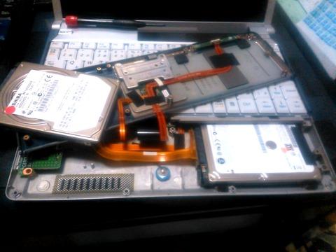 VY10AC換装前のHDDに戻し中_0068