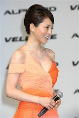 釈由美子(85cmEカップ)が3億6千万円セクシー衣装披露5