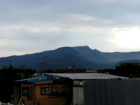 手稲山山頂の送信所(自宅近辺から)_20210829
