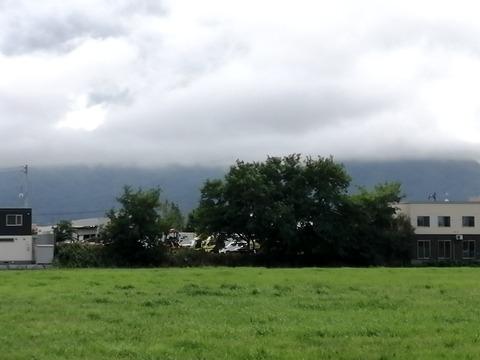 近藤牧場から手稲山送信所(見えず)2_20210826