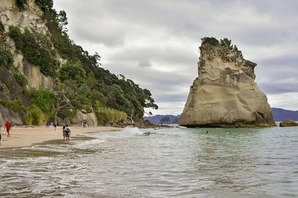 cathedral cove4