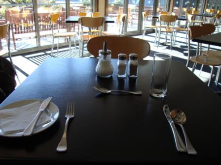 MON-HER CAFE TABLE 20120817
