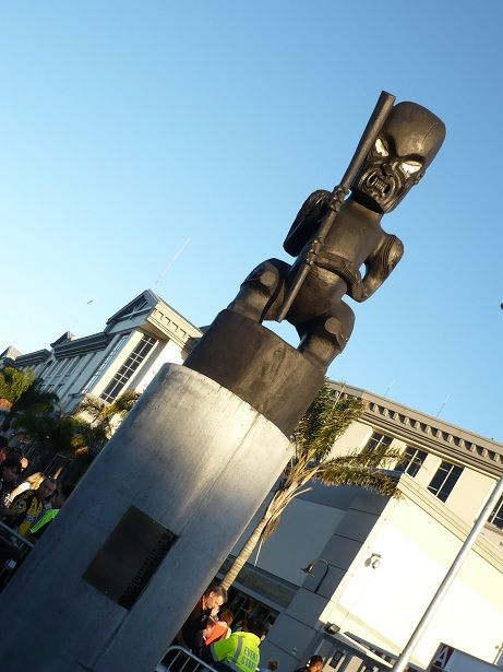 2-Eden park statue maori