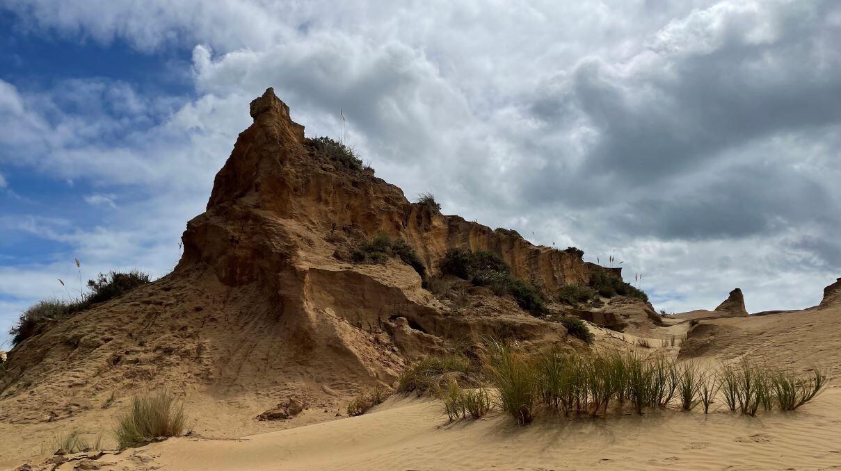 砂漠の小高いところ
