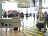 AKL空港税関出口