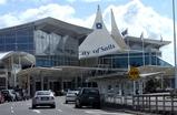Dec 23 オークランド空港