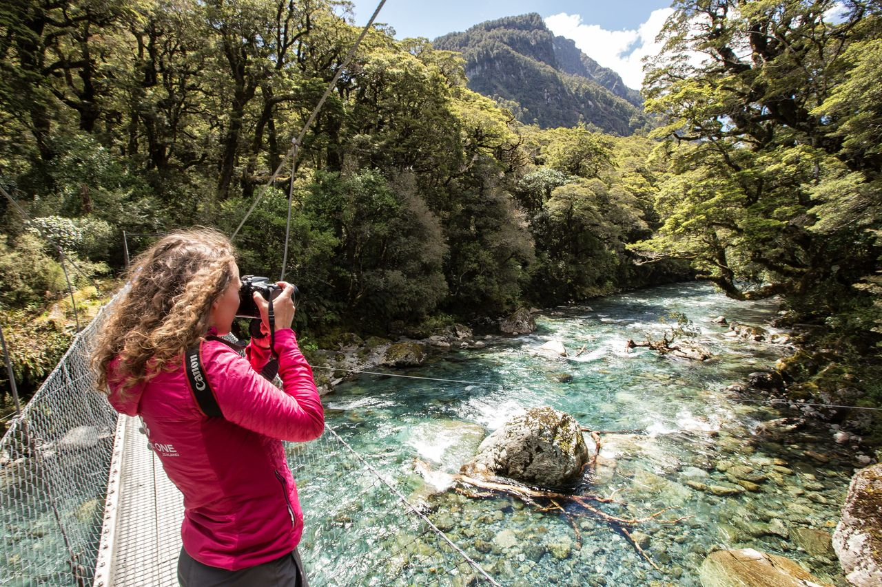 CCW-Hollyford river photography