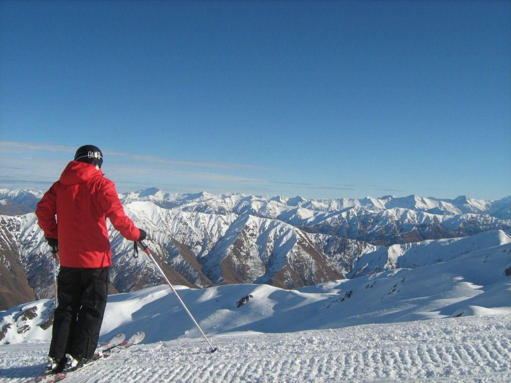 Kiwi Discovery - Ski, Cardrona