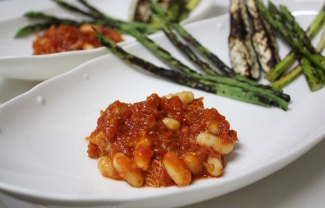 トリッパの煮込みと焼き野菜
