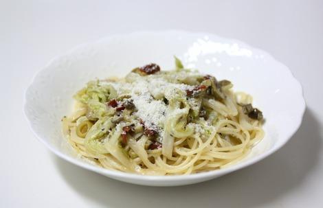 白菜とオリーヴのパスタ