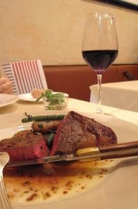 葡萄牛のステーキ
