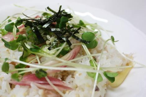 ミョウガと鯵の干物のお寿司