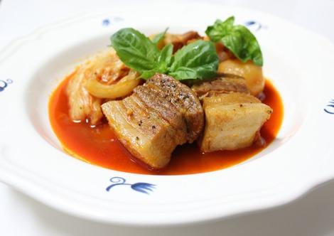 豚バラ肉のパプリカ煮
