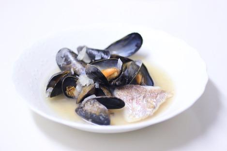 ムール貝と真鯛のスープ仕立て