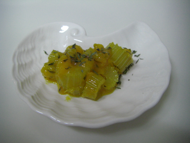 セロリのオレンジ煮