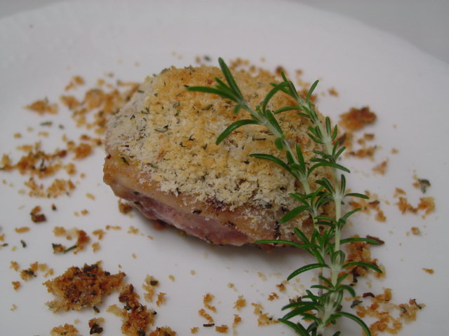 鶏肉のハーブ・パン粉焼き