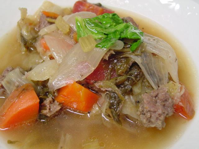 野菜とミンチのスープ