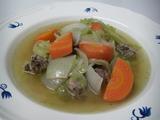 キャベツとミンチのスープ