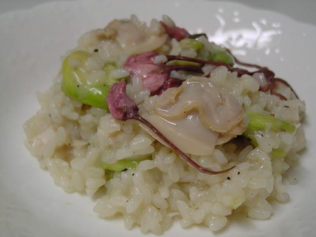 蛤と桜の花とそら豆のリゾット